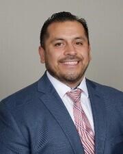 Mr. Erick Carlos